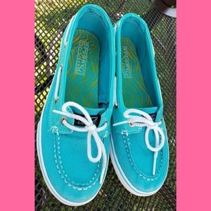 Sperry shoes  Girls 4m
